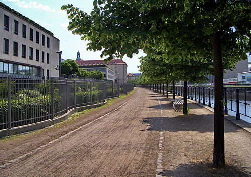 100 Miles de Berlin en 3 étapes :9-11/11/2012 Mauerweg-lauf-etappe-17-5245