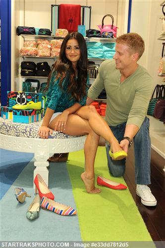 Sean & Catherine Lowe - Pictures - No Discussion E33dd7812d5