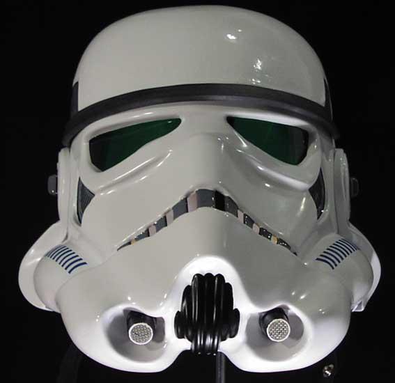 casque stormtrooper eFX Gino-stormtrooper-helmet-ANH-stunt01