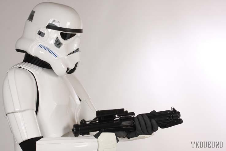 Les différents costumes fan-made de stormtrooper Pablo_TM_trooper06