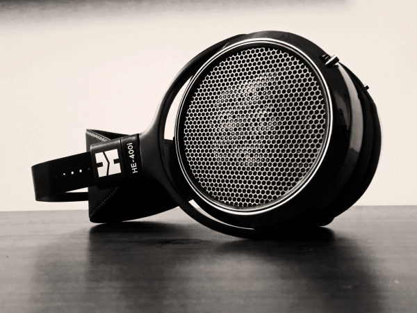 Hifiman HE400i: Ibrido di musicalità e prestazioni tecniche – Recensione DSCN2290