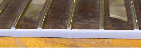 Altura das cordas em um Fender Jazz Bass Ts0131filing6