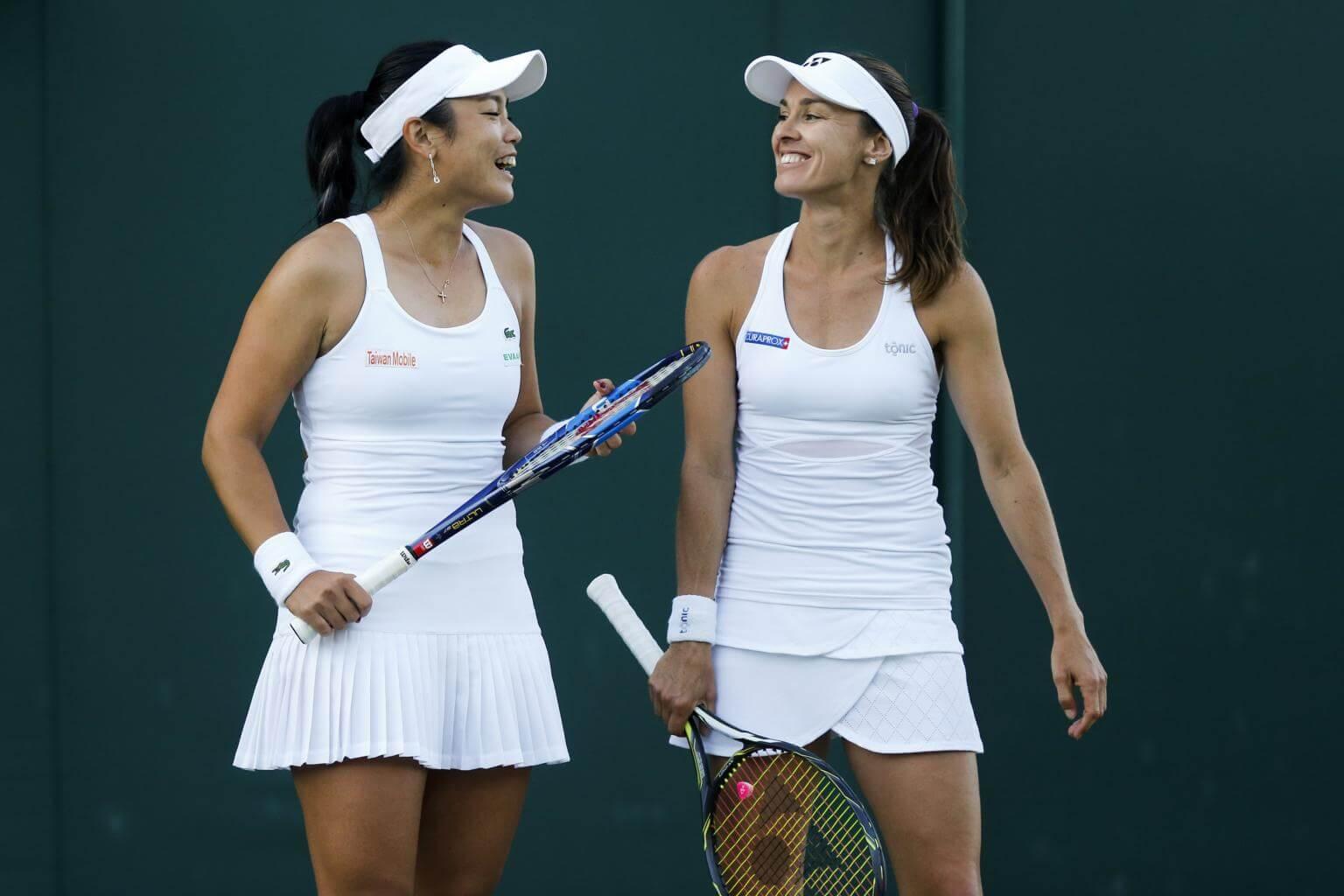 (Elle n'est plus) Retraitée : Martina Hingis - Page 13 37a-ns-tennis-100717