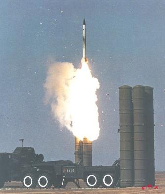 """مصر تتسلم منظومة صواريخ """"أس – 300 بي أم""""  20060213_03"""