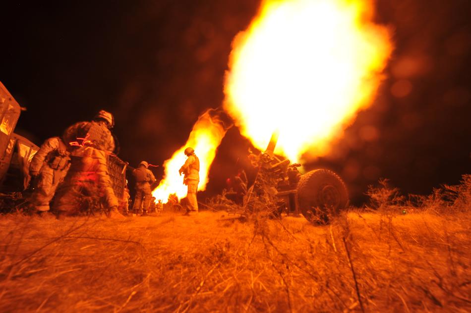 USA 120mm-mortar-fire-06-2011