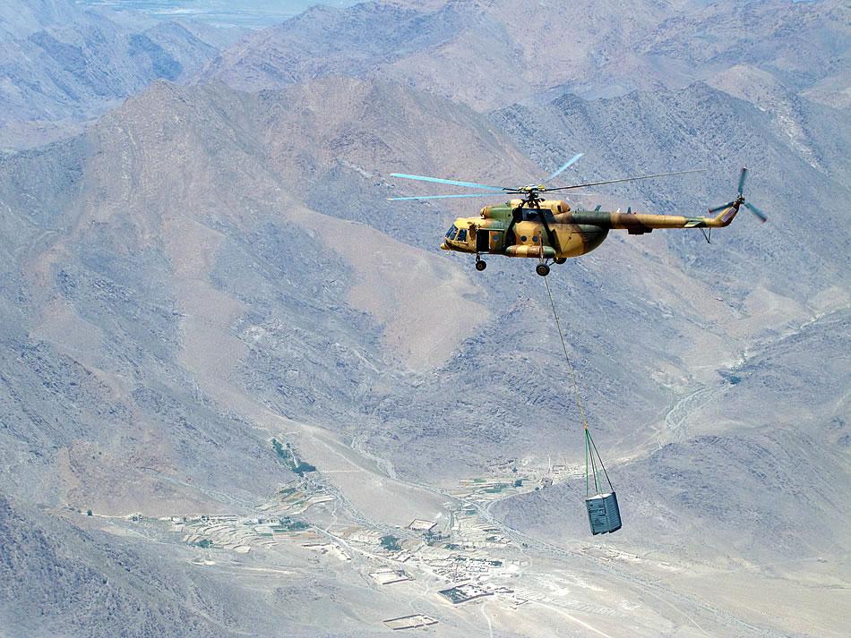 Armée Afghane/Afghan National Army(ANA) - Page 2 M-17-sling-load