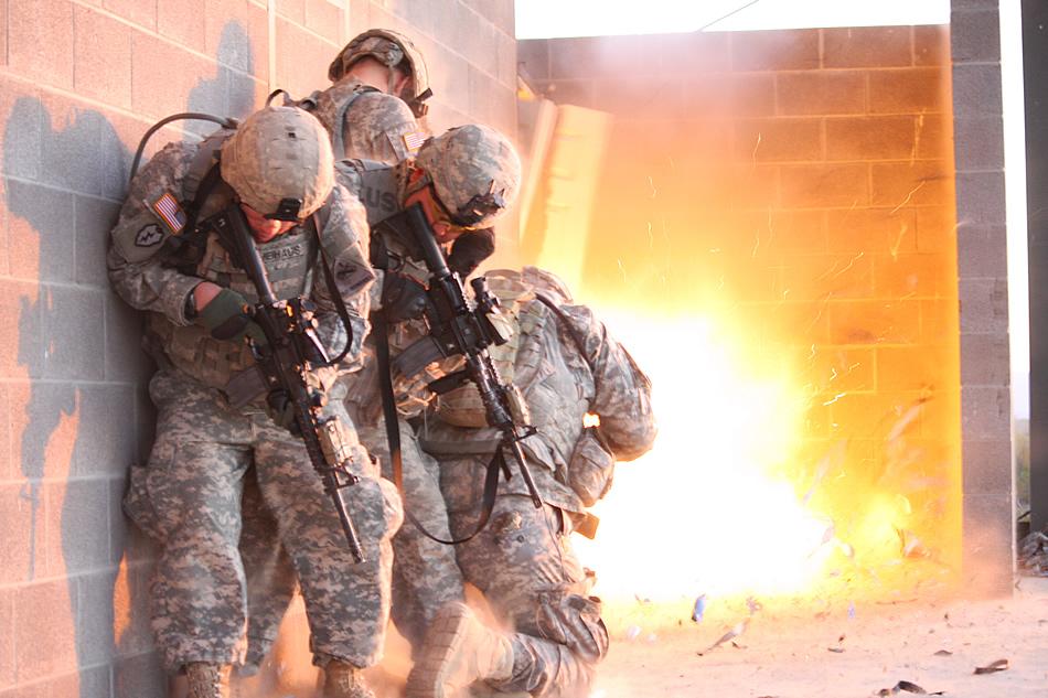 USA Urban-warfare-training-is-a-blast-05-2011