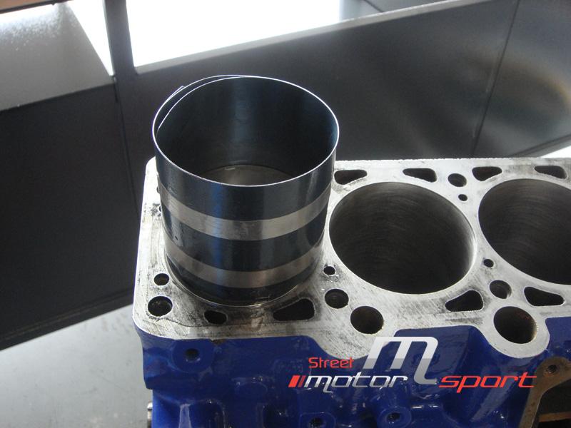 STREET MOTORSPORT // Corrado 16VG60 - Page 2 Street_motorsport_16g_16vg60_montage_pistons