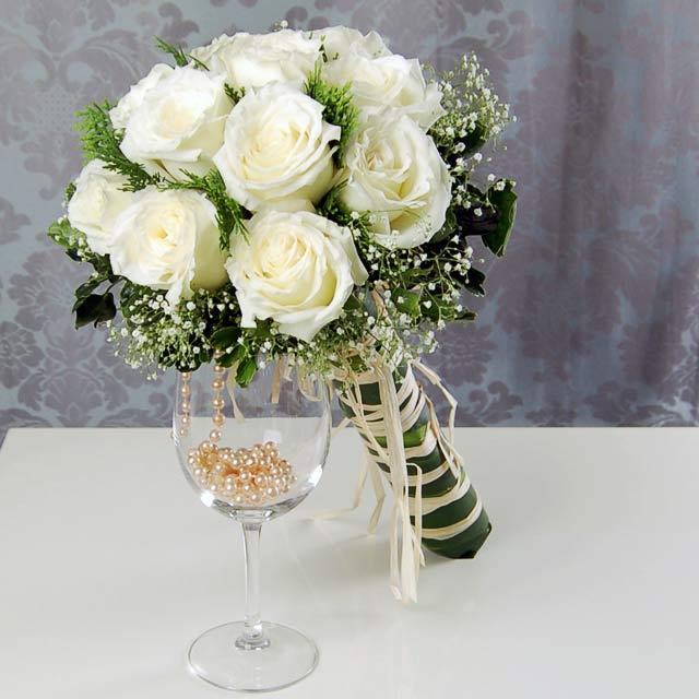 باقات ورد للعروس Bride_in_white_BF1811_enlarge