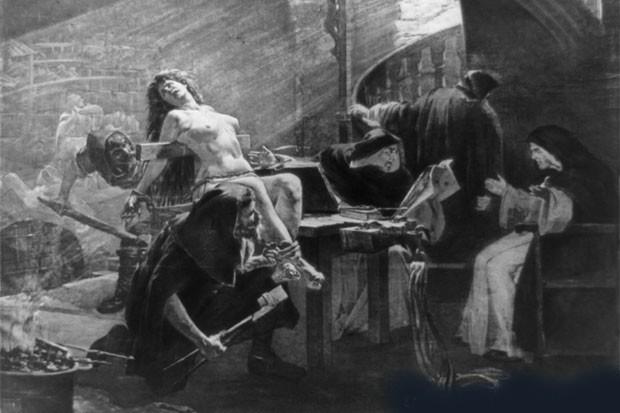 Insegnante licenziata perché lesbica Inquisition