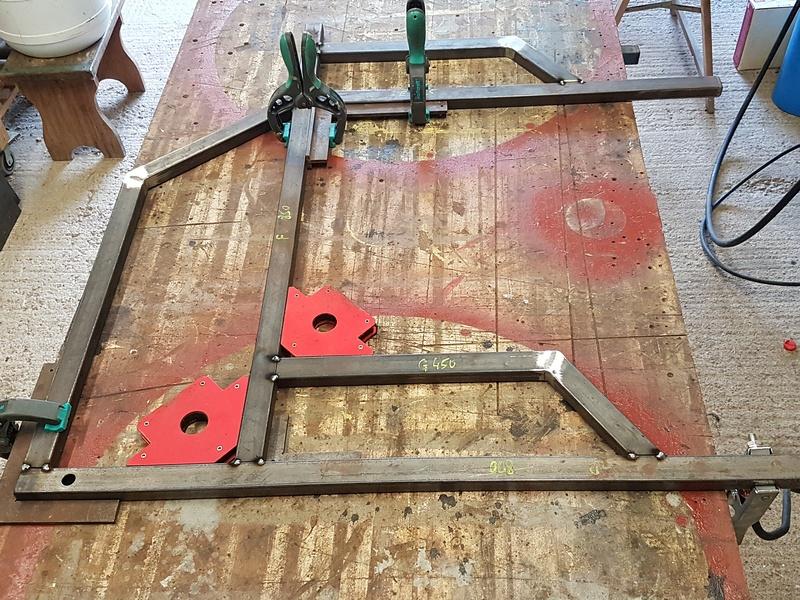 [Terminé] - Fabrication de 2 chariots pour poste à souder 020