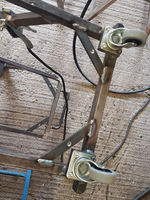 [Terminé] - Fabrication de 2 chariots pour poste à souder 049