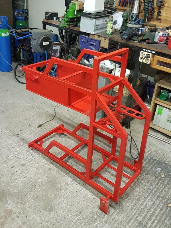 [Terminé] - Fabrication de 2 chariots pour poste à souder 108