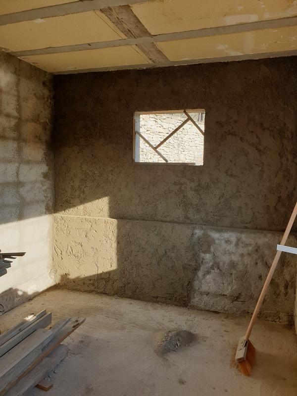 [Maçonnerie] Extension de mon atelier, Je vois le bout du tunnel ... - Page 2 127