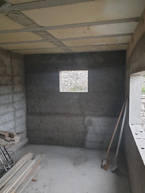 [Maçonnerie] Extension de mon atelier, Je vois le bout du tunnel ... - Page 2 129