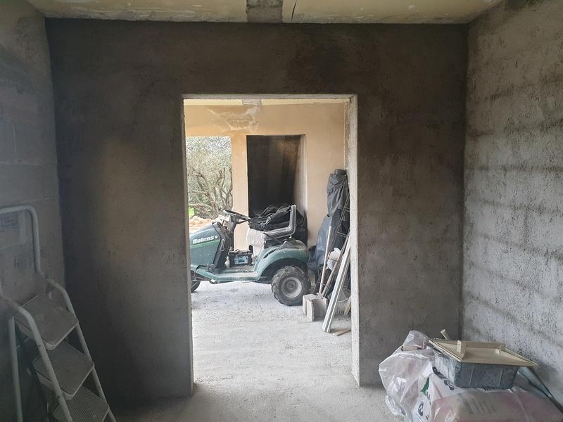 [Maçonnerie] Extension de mon atelier, Je vois le bout du tunnel ... - Page 2 160