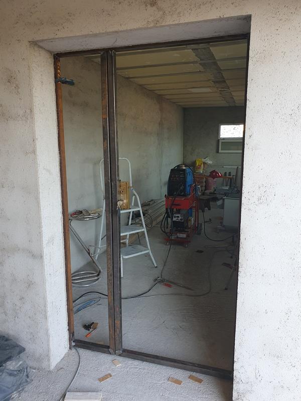 [Maçonnerie] Extension de mon atelier, Je vois le bout du tunnel ... - Page 4 231
