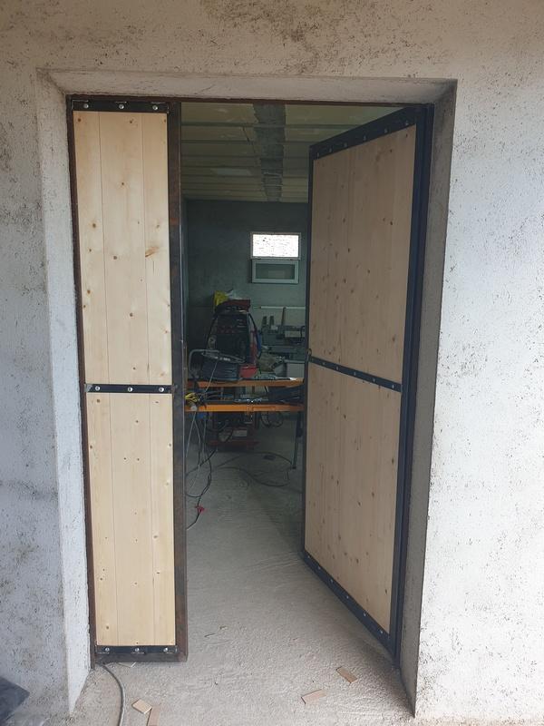 [Maçonnerie] Extension de mon atelier, Je vois le bout du tunnel ... - Page 4 233