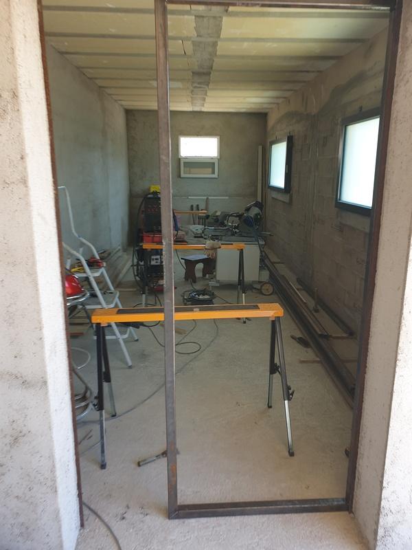 [Maçonnerie] Extension de mon atelier, Je vois le bout du tunnel ... - Page 4 248