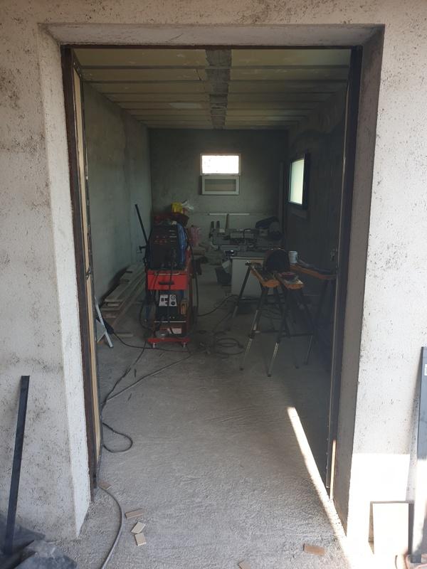 [Maçonnerie] Extension de mon atelier, Je vois le bout du tunnel ... - Page 4 250