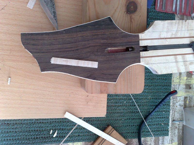Fabrication d'une guitare Electrique : Terminée le 26/12/2014 - Page 2 059
