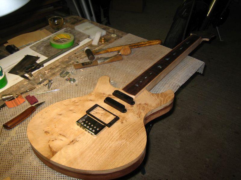 Fabrication d'une guitare Electrique : Terminée le 26/12/2014 - Page 2 119