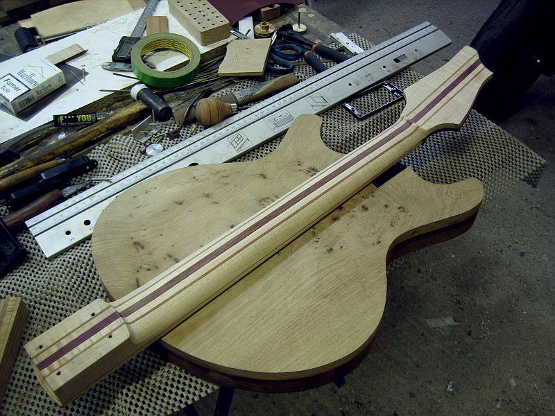Fabrication d'une guitare Electrique : Terminée le 26/12/2014 - Page 2 127
