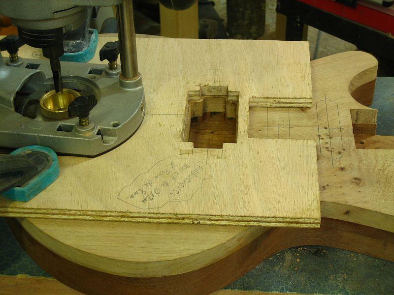 Fabrication d'une guitare Electrique : Terminée le 26/12/2014 - Page 2 142