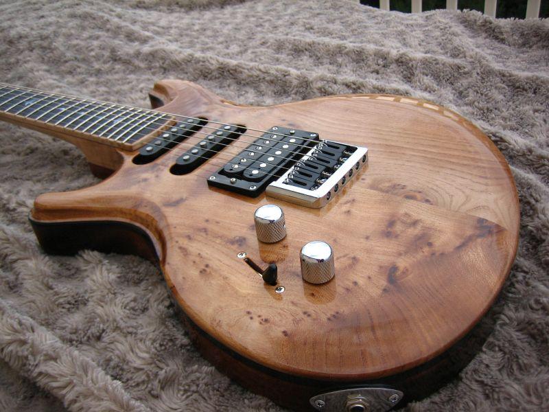 Fabrication d'une guitare Electrique : Terminée le 26/12/2014 - Page 4 229