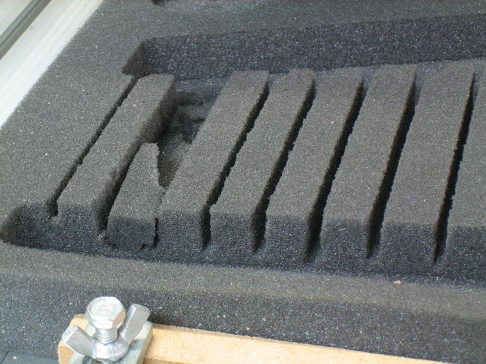 [CNC] Fabrication de mousses de calage d'outils pour servante (CNC 6040 數控銑床 ;) ) 06