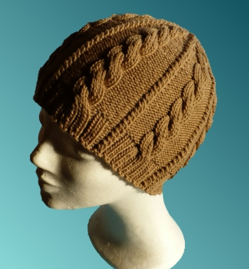 giúp em móc mũ len có quả bông to trên đầu . Caramel-cable_s