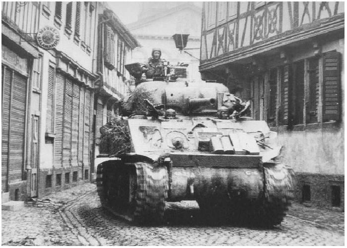 """M4A3 (76)w... question relative aux """"option"""" du kit Dragon! 419"""