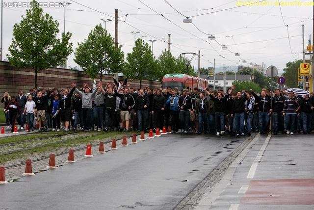 Suporteri in strada - Pagina 3 20100513-0011r