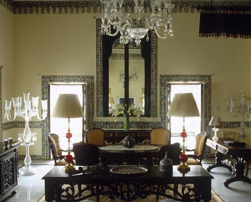 Super moderne vile na vodi Hi_h0knk_27642342_sajjan-niwas-suite-living-area