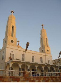 أحداث جارية  - صفحة 2 Khartoum_greek_orthodox_church-_photo_brien_henderson-56da6
