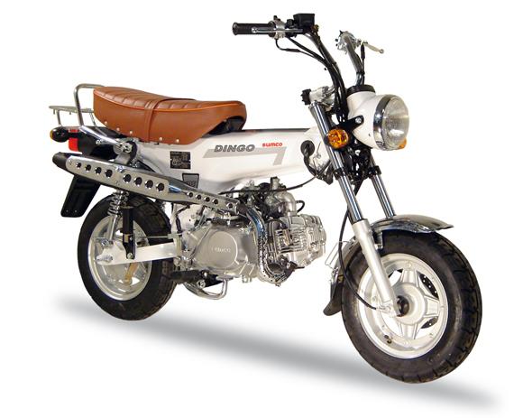 Suzuki Choi Nori, moderna aunque no lo parece DG125_W