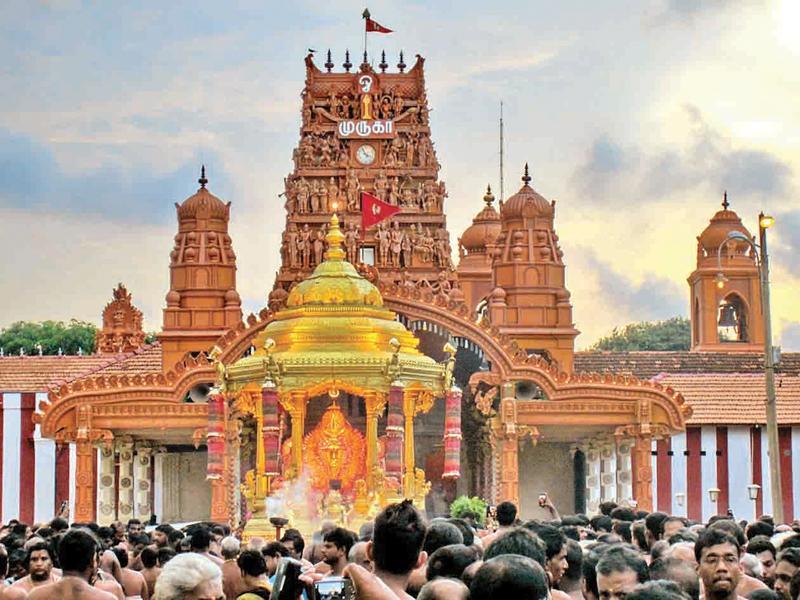 Gopuram Gates Z_yo-p11-Nallur-01