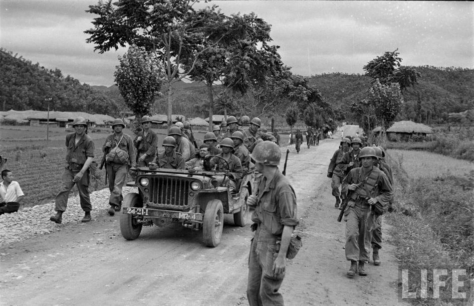 Les Images de la Guerre de Corée - Page 3 32634f8158a383c1_large