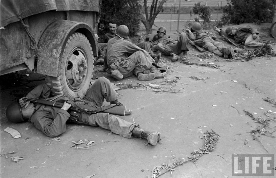 Les Images de la Guerre de Corée - Page 3 6a2d7d9fd6eca48e_large1