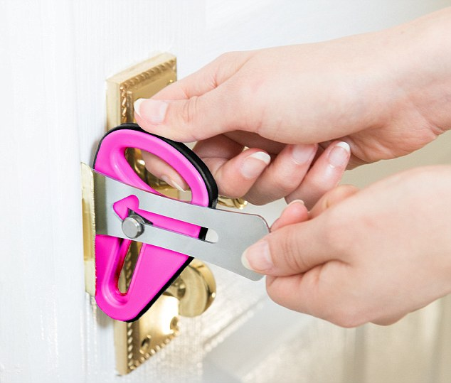 Laisser sa clé dans la serrure Verrou-de-voyage-easylock