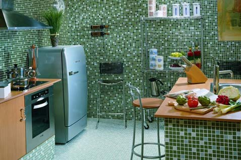 Glass Tile Backsplash for kitchen  2012  Photoskitchen3-green-glass-tile-mosaic-backsplash