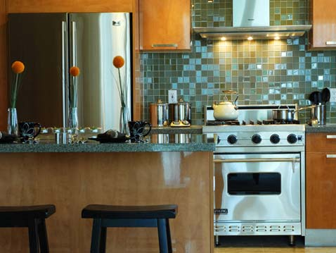 Glass Tile Backsplash for kitchen  2012  Photoskitchen3-stainless-steel-tile-mosaic-backsplash