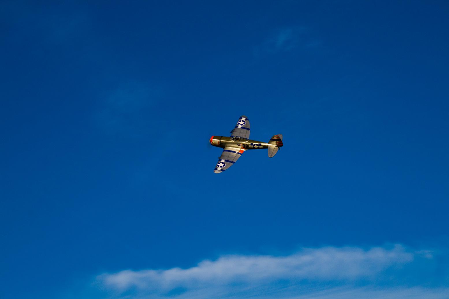 Fina bilder tråden.... P-47_left_bank