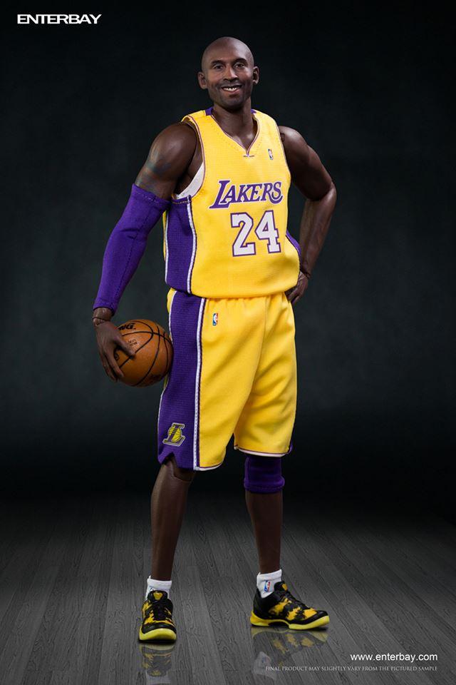 [Enterbay] NBA Real Masterpiece: Kobe Bryant 2.0 (Los Angeles Lakers) Eb2