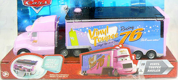Sortie prochaine de deux nouveaux camions... roses ! Vinyl-Box