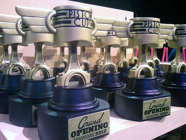 Miniatures exclusives du parc Carsland Piston-Cup