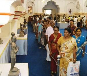 ராகவனின் ஊர் சுற்ற வாருங்க-தஞ்சாவூர் யார் யார்?? Exhibition1-300x261