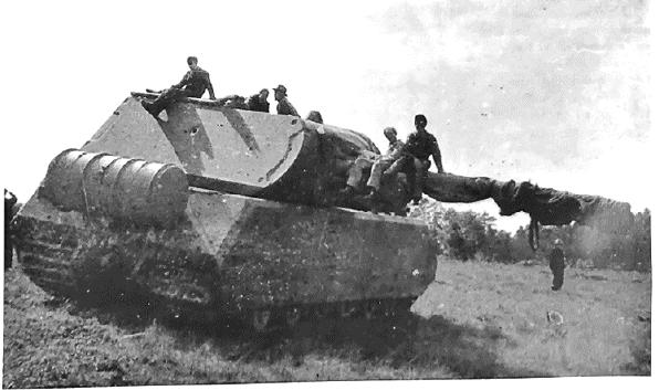 10 أسلحة فتاكة فريدة من نوعها في تاريخ البشرية Maus_Trials_1944