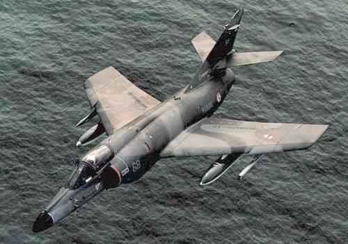 موسوعة اجيال الطائرات المقاتلة واشهر طائرات كل جيل - صفحة 4 Etendard