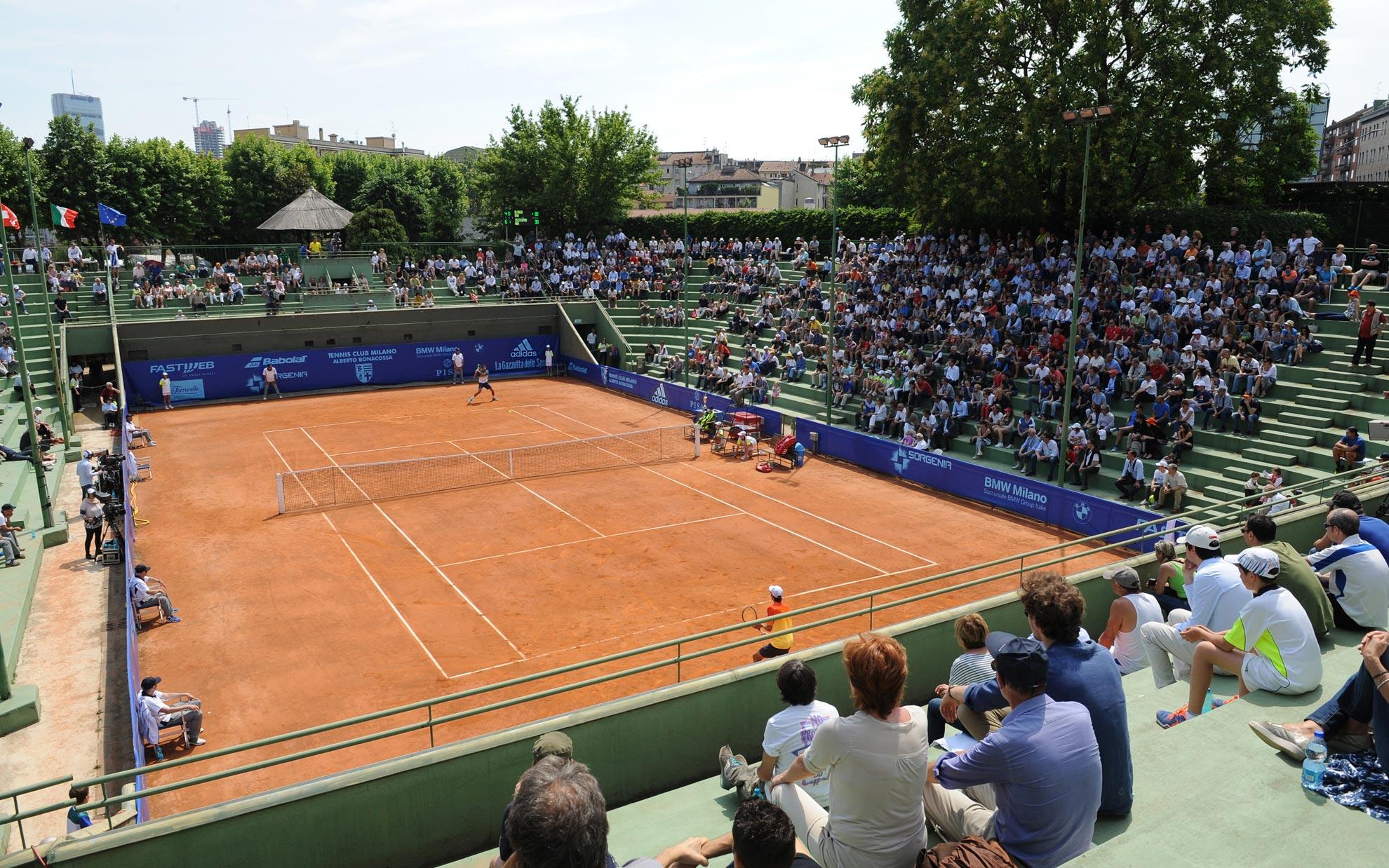 i più strani/belli/particolari campi da tennis dove avete giocato  - Pagina 2 TCMHD_02